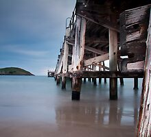 Coffs Harbour Jetty by dan  stewart