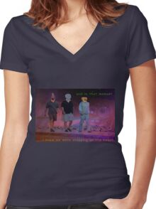 Steppin on the beach Women's Fitted V-Neck T-Shirt