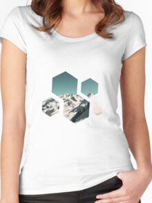 Snow Mountain Women's Fitted Scoop T-Shirt