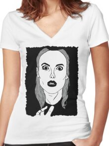 Britta sees everything Women's Fitted V-Neck T-Shirt