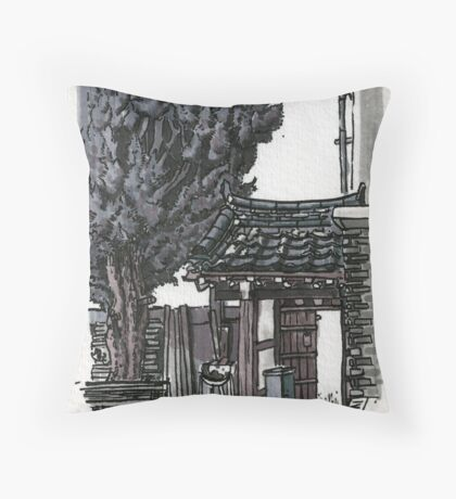 South Korea : Gyeongju Guesthouse Throw Pillow