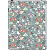Pattern of funny birds iPad Case/Skin