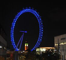 London Eye by Gustavo Bernal