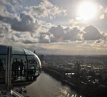 London Eye view by Gustavo Bernal