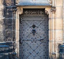 Castle door. by FER737NG