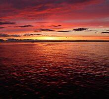 Sunset over the Cascades 2 by Garrick18