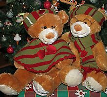 Christmas Bears by Vivian Sturdivant