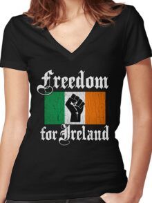 Freedom for Ireland (Vintage Distressed Design) Women's Fitted V-Neck T-Shirt
