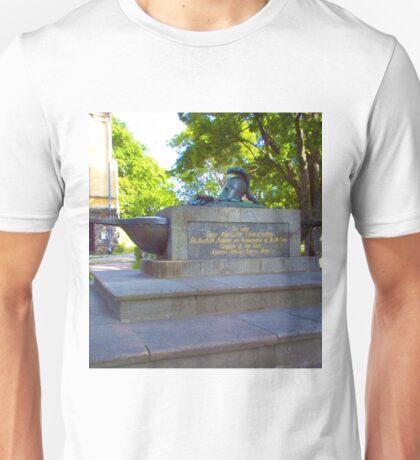 Cenotaph of Augustin Ehrensvärd, Suomenlinna, Helsinki Unisex T-Shirt