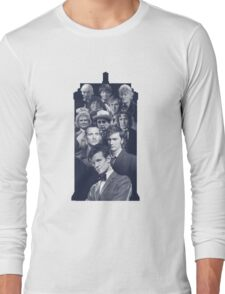 All of the Doctors in the TARDIS Long Sleeve T-Shirt