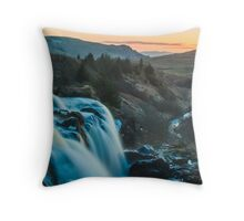 Fintry Loup Landscape Throw Pillow