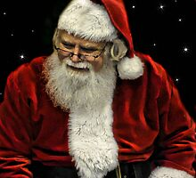 Santa Stars by Darren Quarin