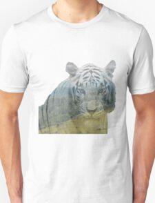 Siberian Tiger - Landscape T-Shirt