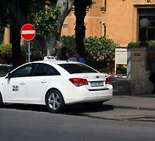 Taxistand in front of Hotel Phoenicia, Valletta, Malta by Kajia