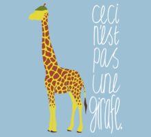 Art Giraffe- Ceci n'est pas une girafe One Piece - Short Sleeve