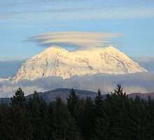 Mt. Rainier with Lenticular Clouds by Zach Hawn