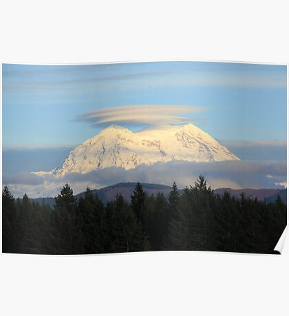 Mt. Rainier with Lenticular Clouds Poster