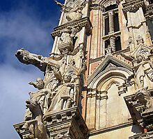 Statues, exterior of Siena Cathedral, Italy by buttonpresser