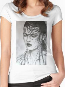 Adia Women's Fitted Scoop T-Shirt