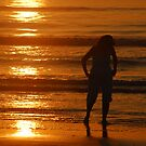 Just after dawn, Sun, Sea, sand and silhouette. by Billlee