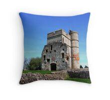 Picnic at Donnington Castle Throw Pillow