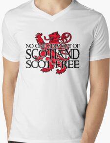 No one gets out of Scotland scot-free Mens V-Neck T-Shirt