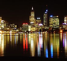 Perth skyline at night by alfiielongson
