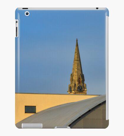 Elgin's architecture contrast at College. iPad Case/Skin