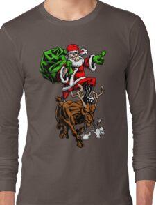Santa Adventurer Extraordinaire  Long Sleeve T-Shirt
