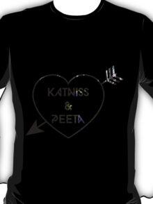 Katniss & Peeta <3 - Forest (personalisation available) T-Shirt