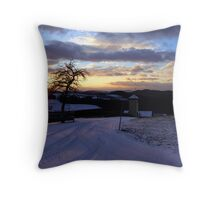 Amazing winter wonderland sundown | landscape photography Throw Pillow