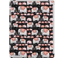 Pattern of elephants in love iPad Case/Skin