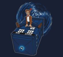 How I learned to love the Tardis. T-Shirt