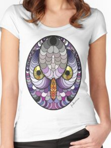 An Owl Women's Fitted Scoop T-Shirt