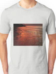 Urangan sunset Unisex T-Shirt