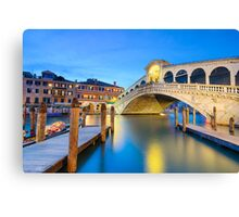 Rialto bridge at night in Venice Canvas Print