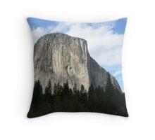 El Capitan, Yosemite Valley Throw Pillow