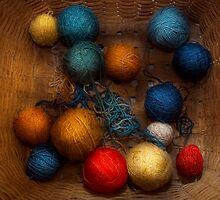 Sewing - Knitting - Yarn for cats by Mike  Savad