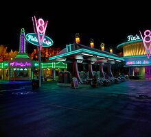 Flo's and Ramones - Cars Land @ Disney California Adventure by Botts85