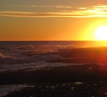 Santa Cruz Beach Sunset #3 by rke3