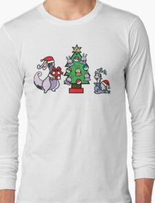 Deck The Halls with PokeBalls and Goomys~ Long Sleeve T-Shirt