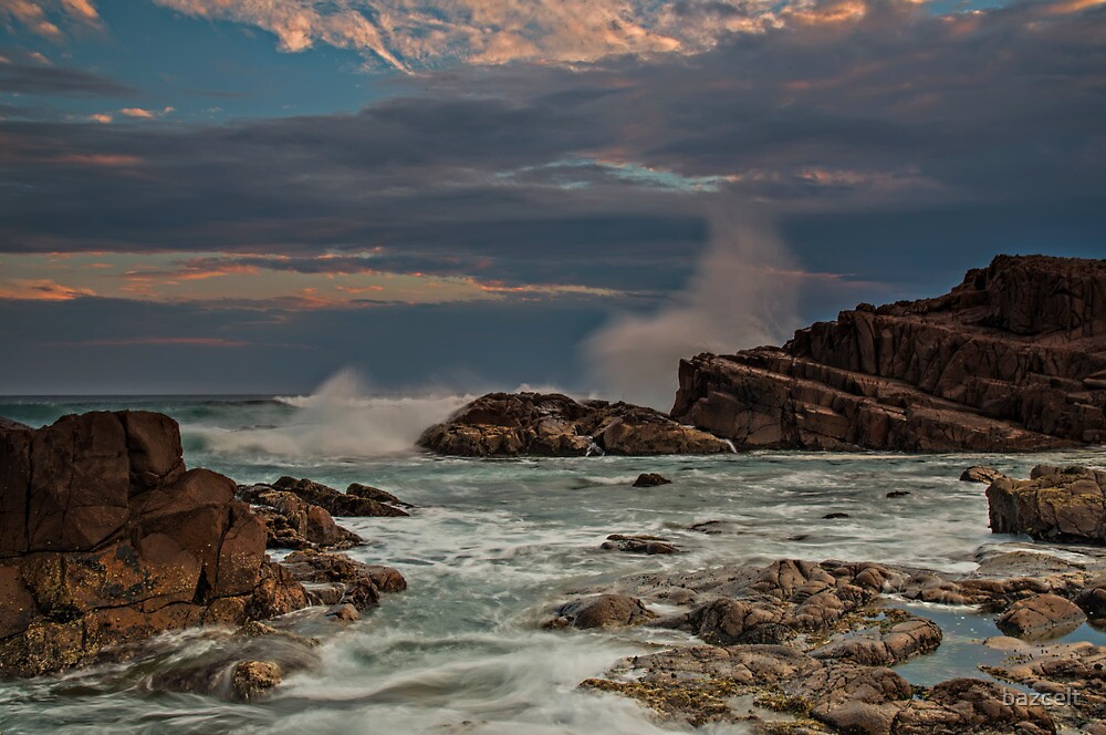 Storm Splash at Sunset by bazcelt