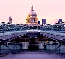 St Paul's Cathedral by hausofsilva