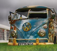 The 'BENCH Jeans' Vw Split Screen custom Van - Head on by jay007