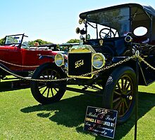 1915 Model T Ford by Barry  Cooke