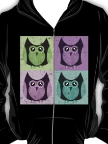 Distressed Owls - Colorful T-Shirt