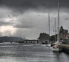 Bergen Harbour (4) by Larry Lingard-Davis