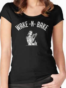 Wake N Bake (v2) Women's Fitted Scoop T-Shirt