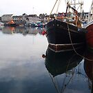 Reflection in Stornoway by kalaryder