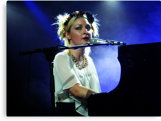 Kate Miller-Heidke by MyceanSage